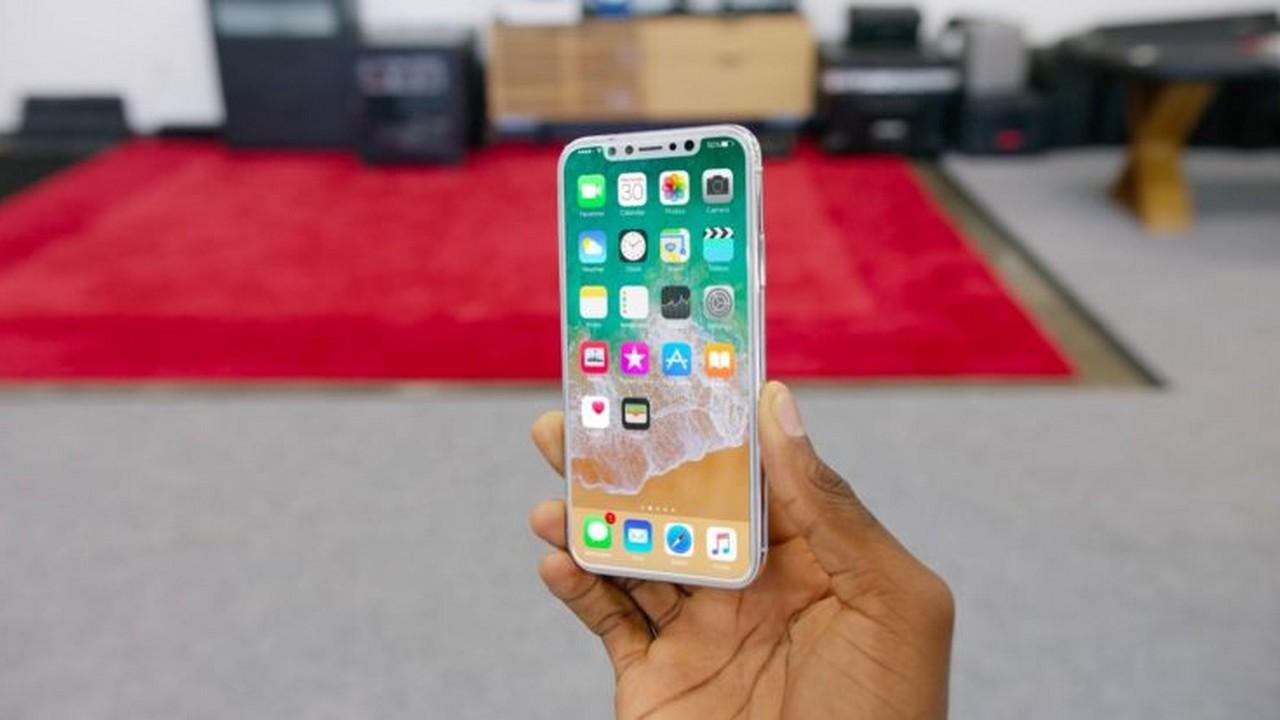 iphone x 2 - iPhone X sẽ hiển thị hoạt cảnh 3D khi bạn sạc không dây