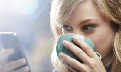 """THRIVE 400x240 - THRIVE: Cách """"cai nghiện"""" điện thoại để dành thời gian cho cuộc sống xung quanh"""