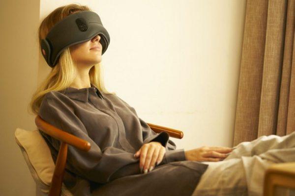 Dreamlight sleep mask
