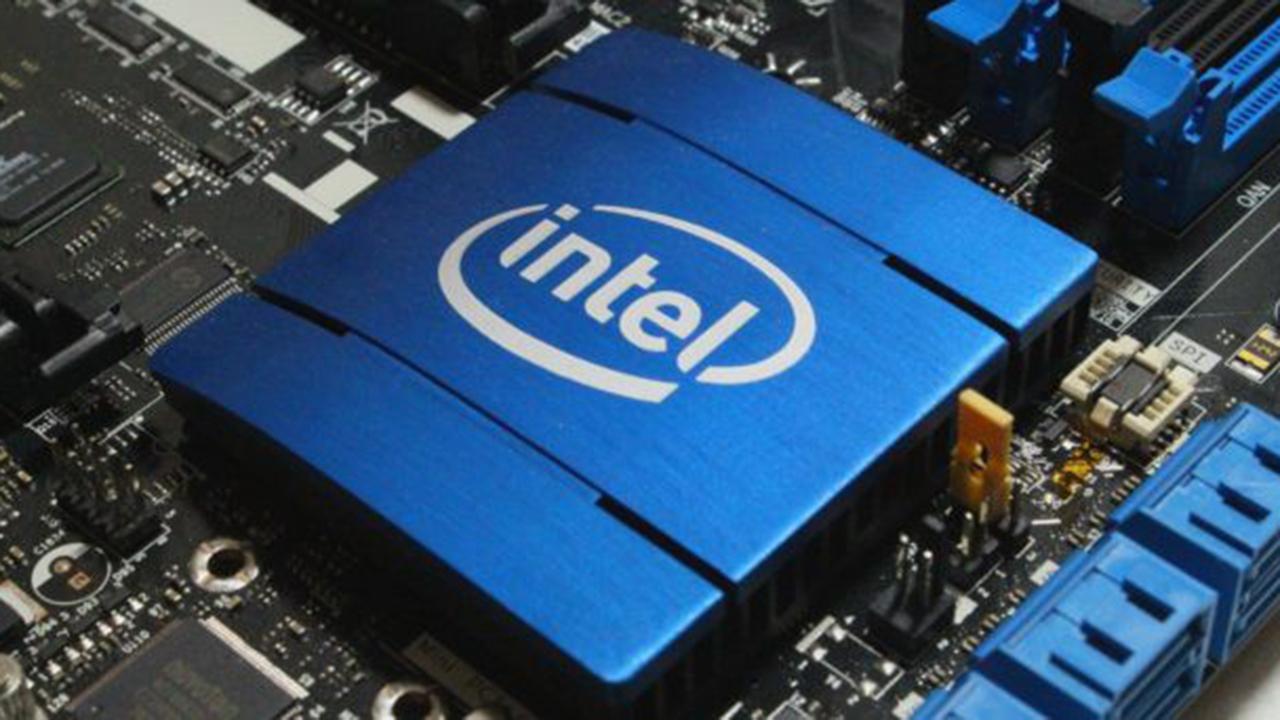 Intel thumb - Nguyên mẫu card đồ họa rời đầu tiên của Intel ra mắt với 1,5 tỷ bóng bán dẫn