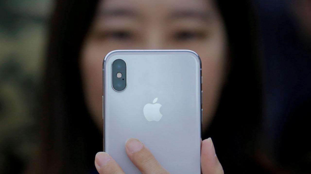 apple icloud china featured - BlackBerry Ghost: điện thoại cao cấp, không viền bezel, dành cho thị trường Ấn Độ?