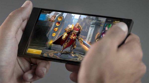 xiaomi black shark gamer 640x400 600x336 - Xiaomi Black Shark là gì?