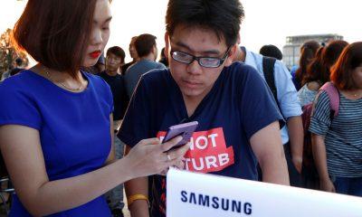 S9 FPT 400x240 - Đã có thể trải nghiệm Galaxy S9/S9+ tại 400 cửa hàng FPT Shop