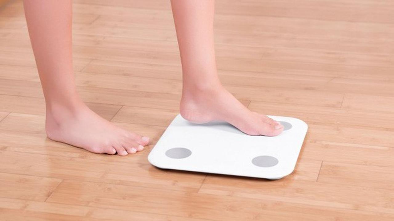Xiaomi Mi Body Composition Scale - Xiaomi Mi Body Composition Scale: cân sức khỏe theo dõi chỉ số cơ thể