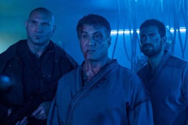 escape plan 2 hades screen 3 600x400 - Đánh giá phim Kế hoạch đào tẩu 2 (Escape Plan 2: Hades)