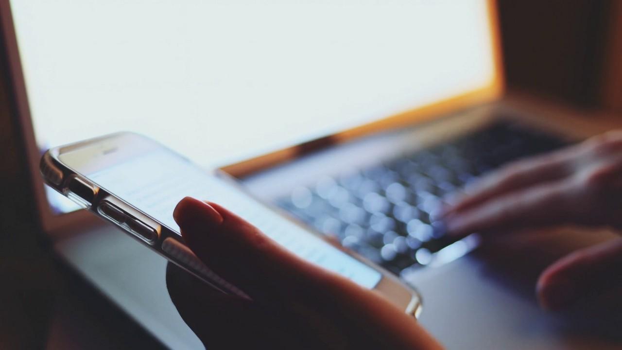 nha mang tkkm featured - Cách đăng ký 4G bằng tài khoản khuyến mại của các nhà mạng