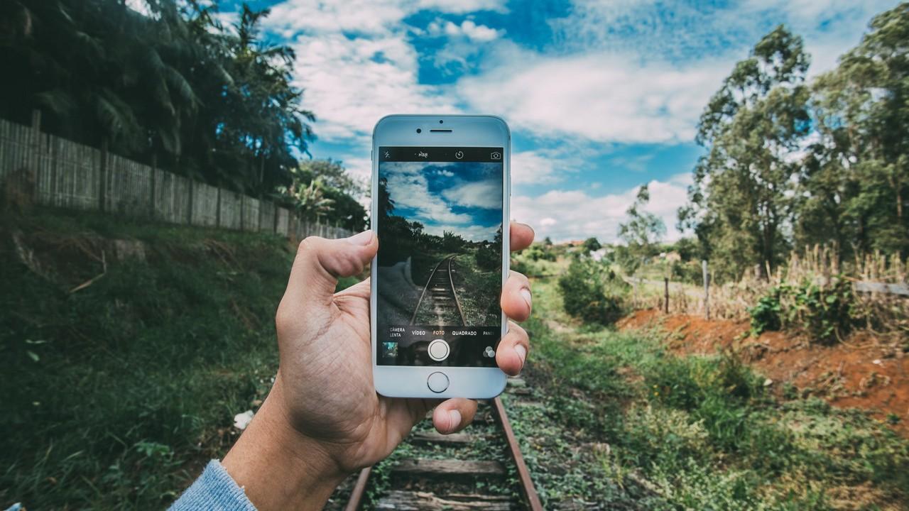 iphone rail featured - 11 ứng dụng iOS mới, miễn phí ngày 12/9