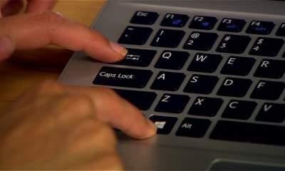 windows keyboard featured 400x240 - Cách đổi vị trí các phím trên Windows 10 bằng SharpKeys