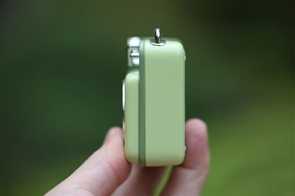 Xiaomi Elvis Presley Atomic Player B612 side b - Elvis Presley Atomic Player B612: chiếc loa bluetooth có thiết kế độc đáo