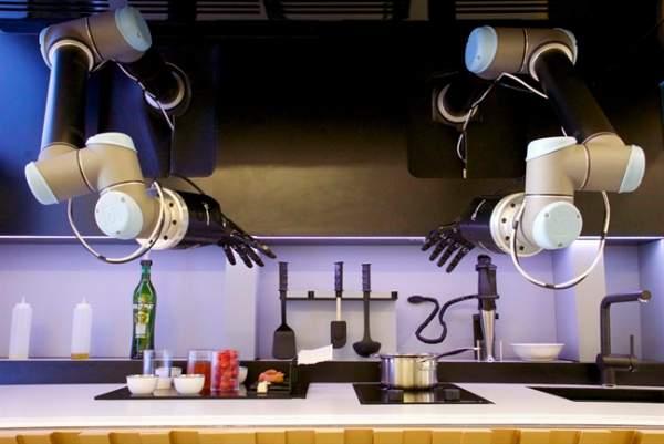 moley 7103136 600x401 - Khi robot vào bếp (P1)