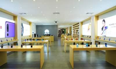 Cua hang trai nghiem Huawei 400x240 - Huawei khai trương cửa hàng trải nghiệm đầu tiên tại Việt Nam
