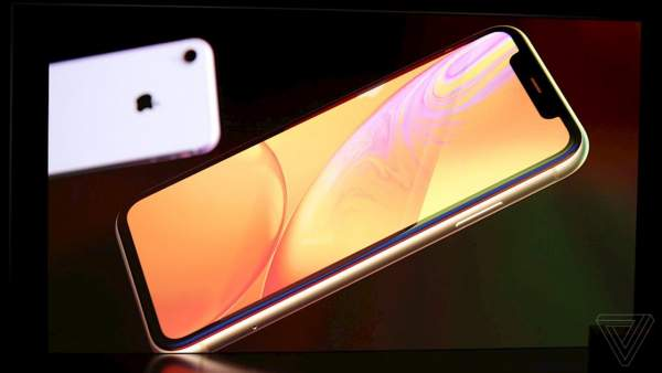 iphone 2018 featured 600x338 - Những thông tin cần biết về iPhone Xs, iPhone Xs Max và iPhone Xr vừa ra mắt