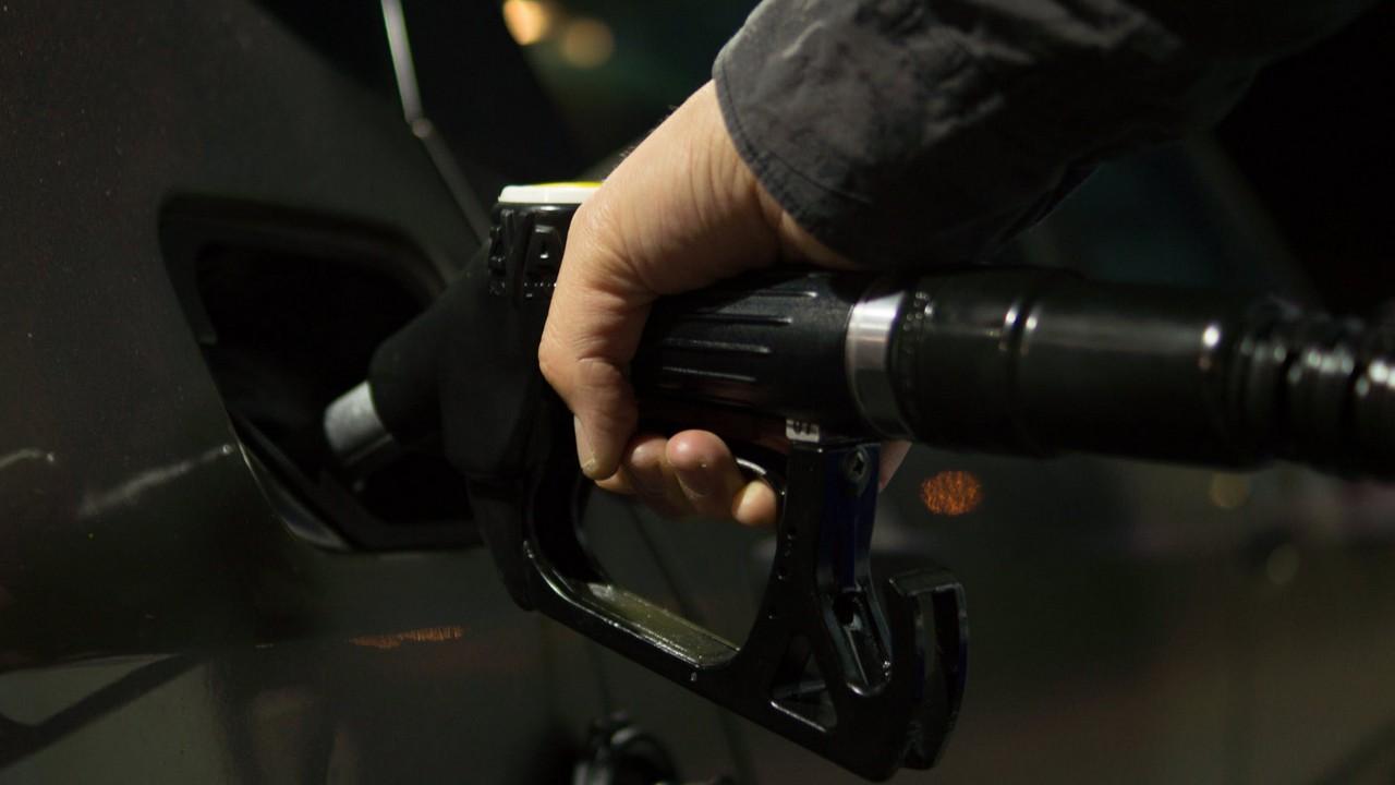 gas station featured - Tìm cây xăng gần nhất với Siri Shortcuts