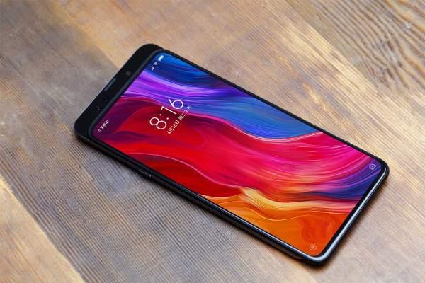 Mi Mix 3 600x400 - Đánh giá Xiaomi Mi Mix 3: Thiết kế toàn màn hình với cơ chế trượt sáng tạo