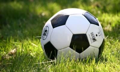 football featured 400x240 - Cách mua vé đá banh online trận Việt Nam vs Philippines