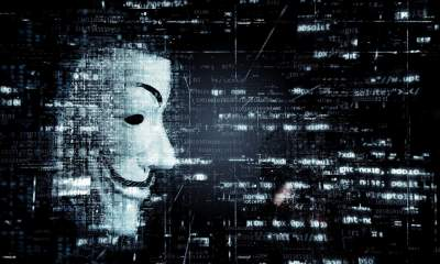 hacker 2 featured 400x240 - Làm thế nào để bạn phát hiện ra một trang web lừa đảo trên Internet?