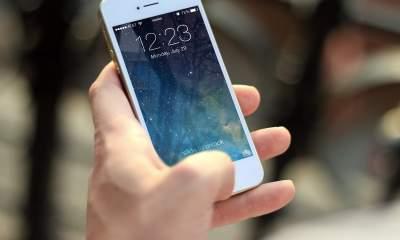 iphone hand featured 400x240 - 13 ứng dụng và game iOS mới, miễn phí ngày 11/11/2018