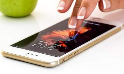 iphone touch featured 400x240 - 10 ứng dụng và game iOS mới, giảm giá miễn phí ngày 6/5/2019