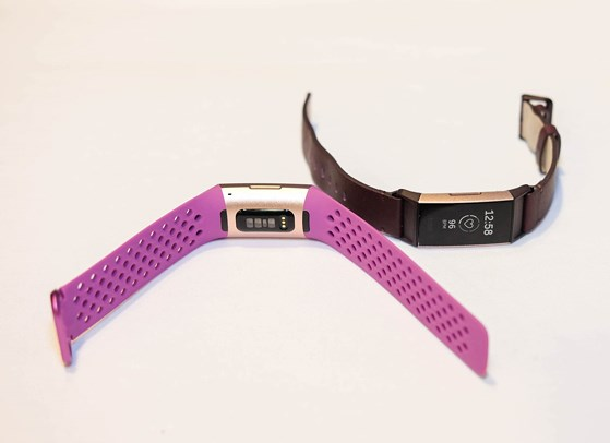 fitbit charge 3 featured - Fitbit Charge 3 giá 3,8 triệu đồng có gì hay?