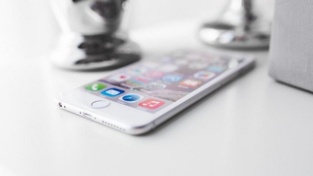 iphone 8 featured - 18 ứng dụng và game iOS mới, giảm giá miễn phí ngày 18/12/2018