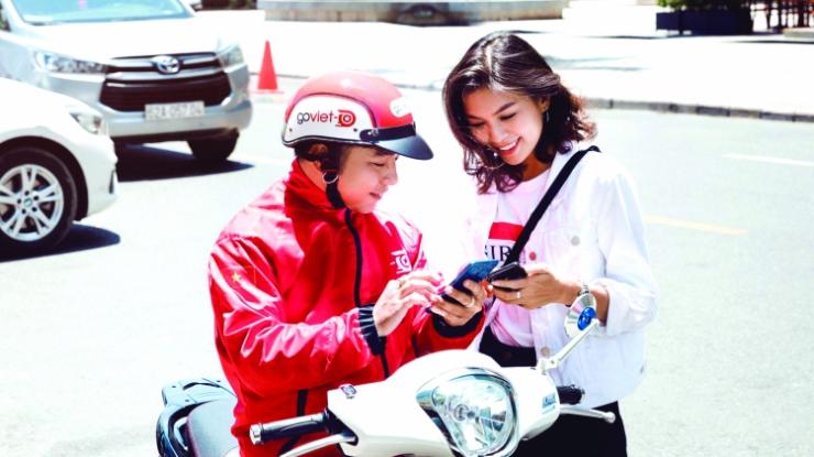 go viet 0936 1125 - Nokia 220 4G và Nokia 105 (2019) có giá từ 330.000 đồng