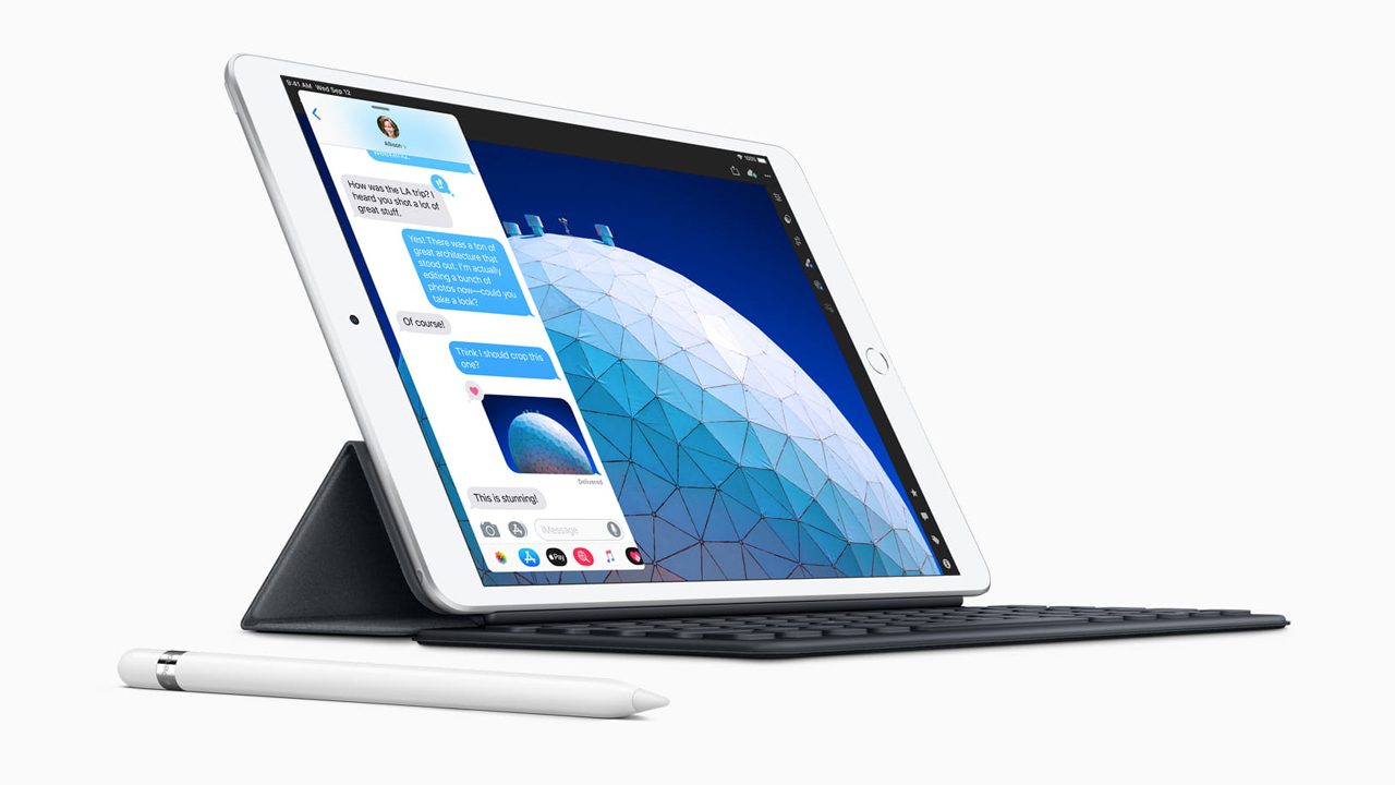 New iPad Air smart keyboard with apple pencil - Apple ra mắt iPad Air 10,5 inch, chip A12, hỗ trợ bút cảm ứng Apple Pencil