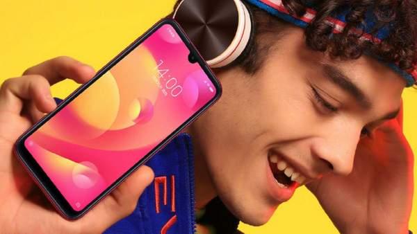 Xiaomi Play gia bao nhieu 600x338 - Bốn triệu đồng: chọn điện thoại chơi game nào?