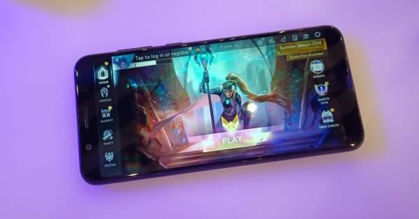 asus zenfone max pro m1 4gb ram 64 gb image3 600x314 - Bốn triệu đồng: chọn điện thoại chơi game nào?