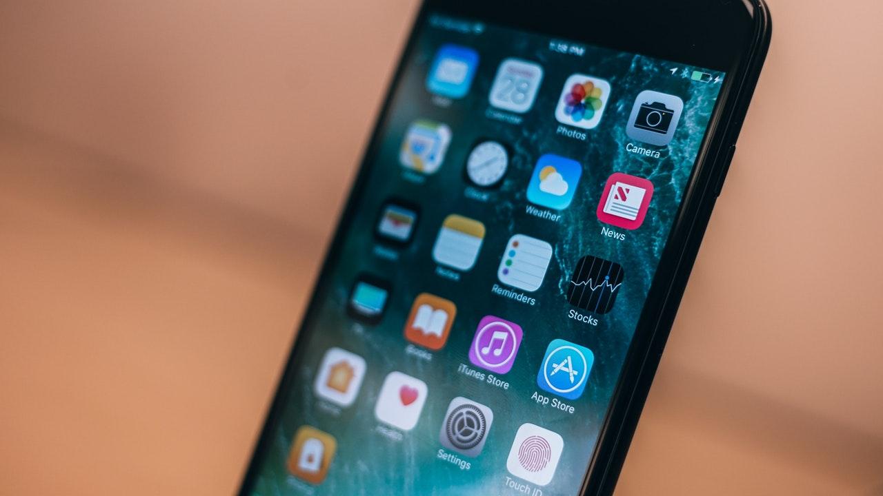 iphone 6 featured - 14 ứng dụng và game iOS mới, giảm giá miễn phí ngày 20/3/2019