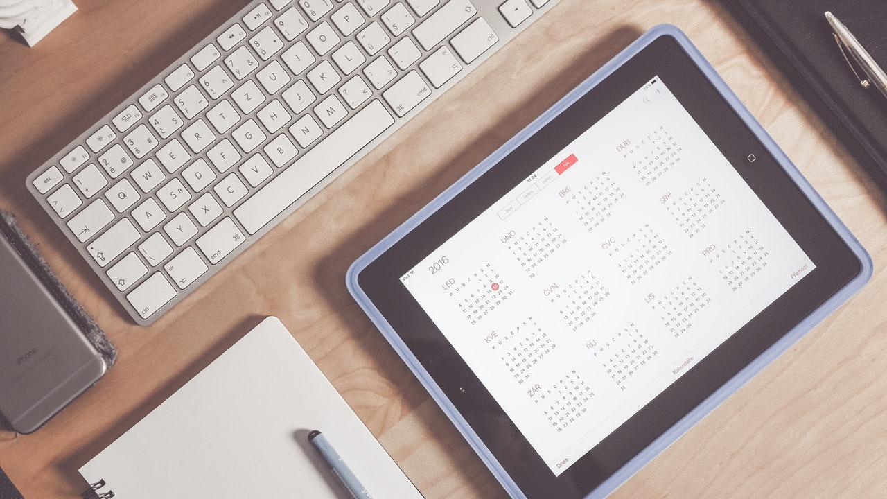 calendar iphone featured - Apple phát hành iOS 12.4 beta 2