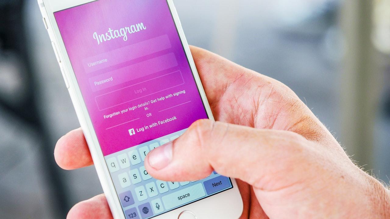 instagram ios featured - Apple phát hành iOS 12.4 beta 2