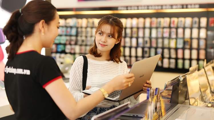 FPT Shop chiếm hơn 30% thị phần laptop gaming