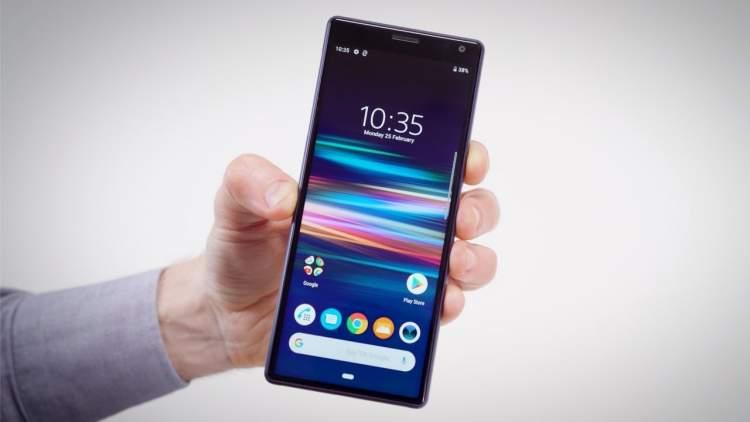 Sony xperia 1 featured 750x422 - Nokia 220 4G và Nokia 105 (2019) có giá từ 330.000 đồng