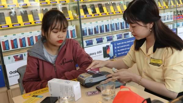The gioig di dong 600x338 - Mừng sinh nhật 15 năm, Thế Giới Di Động giảm sốc hàng nghìn model điện thoại duy nhất 01 ngày