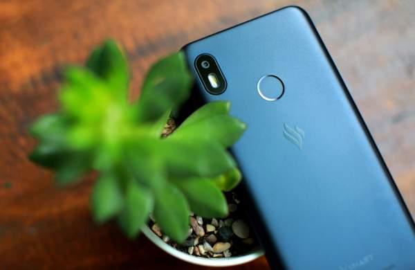 Vsmart Joy 1 600x390 - Smartphone 2 triệu đồng cho học sinh, sinh viên: Vsmart Joy 1 16GB hay Redmi 7A?