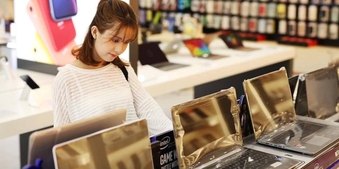 Giảm 28% khi mua laptop, Macbook dành cho tân sinh viên