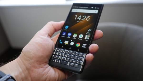 Chọn smartphone độc lạ, giá trên 10 triệu đồng 4