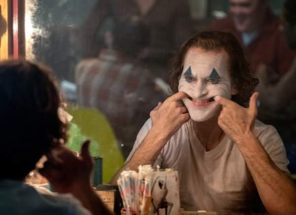 Brody Joker 600x437 - Đánh giá phim Joker: Bản ngã của tội ác