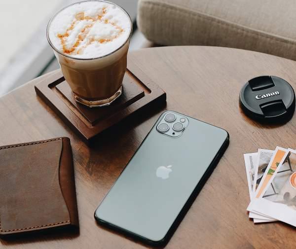 FPT Shop cho khách nhân đôi bảo hành khi đặt trước iPhone 11, 11 Pro, 11 Pro Max chính hãng 3