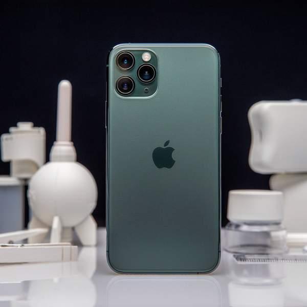 iPhone 11 Pro max 1 600x600 - 44 triệu mua được chiếc xe máy, liệu bạn có dùng để mua iPhone 11 Pro Max?