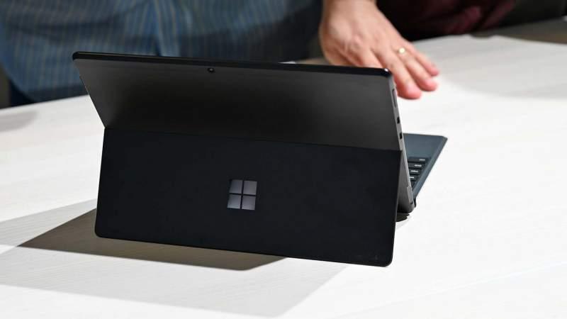 surface pro x 2 800x450 - Surface Pro X: chiếc laptop đầu tiên dựa trên ARM của Microsoft
