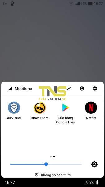Mở Quick Settings trên Android từ cạnh dưới và hai bên màn hình 4