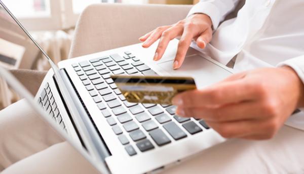 chuyen tien 1 600x343 - Sắp có quy định phong tỏa tài khoản thanh toán để bảo vệ người chuyển nhầm tiền