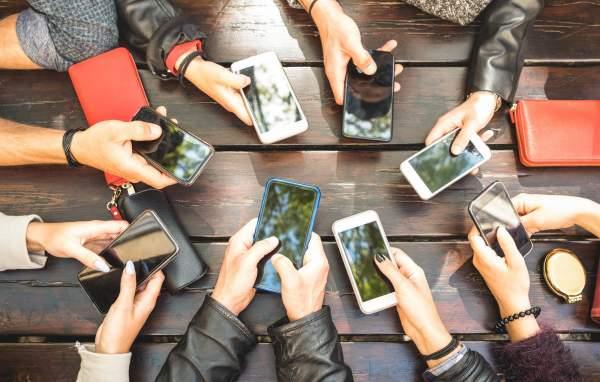 smartphone 1 600x382 - Giả mạo thiết bị di động ngày càng đáng lo ngại