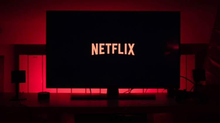 Netflix 1 750x422 - Cẩn thận khi mua tài khoản Netflix giá rẻ trên Facebook