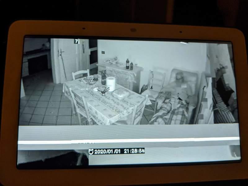 """xiaomi google home 2 800x600 - Camera của Xiaomi gặp lỗi, hiển thị hình ảnh """"nhà người lạ"""""""