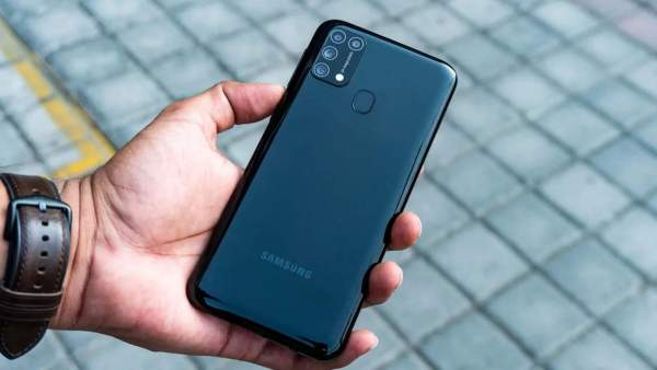 Galaxy M31 600x338 - Smartphone 7 triệu đồng: chọn Nova 7i hay Galaxy M31?