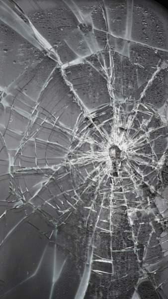 177674 338x600 - Tổng hợp 47 ảnh nền điện thoại màn hình bị vỡ, nứt