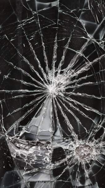 177738 338x600 - Tổng hợp 47 ảnh nền điện thoại màn hình bị vỡ, nứt