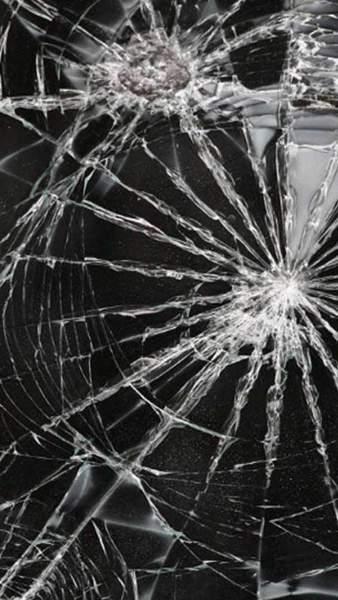 177767 338x600 - Tổng hợp 47 ảnh nền điện thoại màn hình bị vỡ, nứt